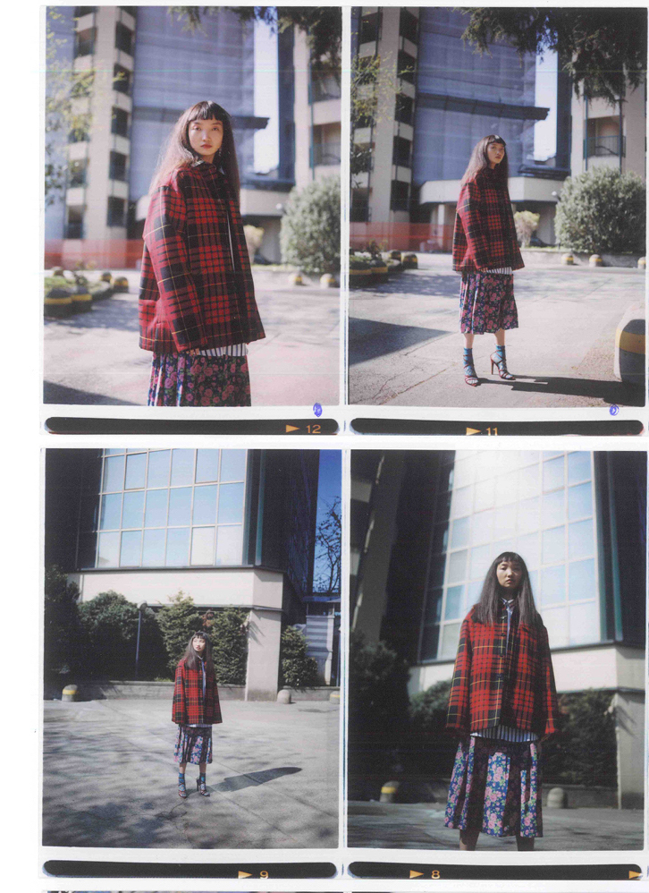 Padded jacket with classic wool tartan , oversize fit, long sleeves, pocket, unisex fit. Photo 3
