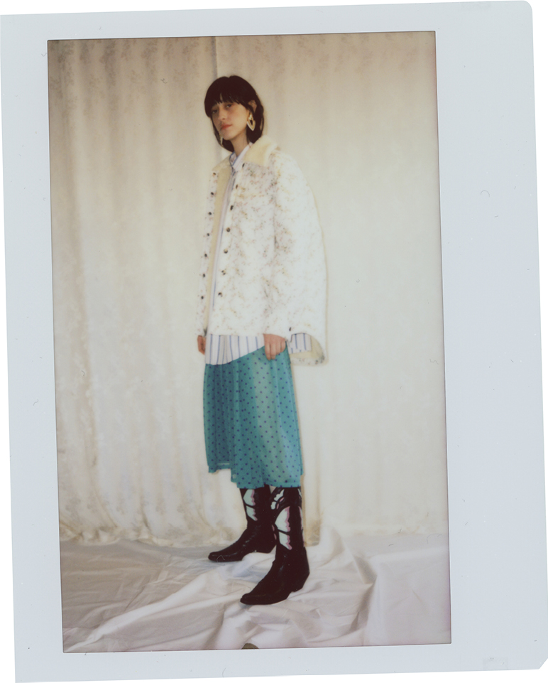 White cotton padded jacket with Liberty London floral print, oversize fit, long volume sleeves, teddy collar