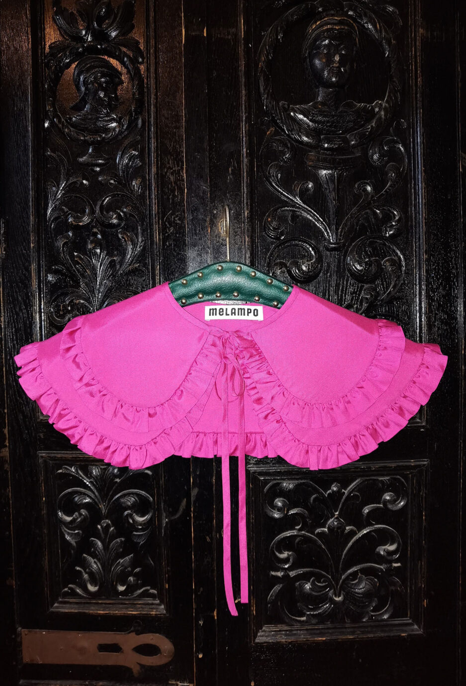 Orchid pink silk poplin double penny collar with ruffles and and self tie fastening - photo 3